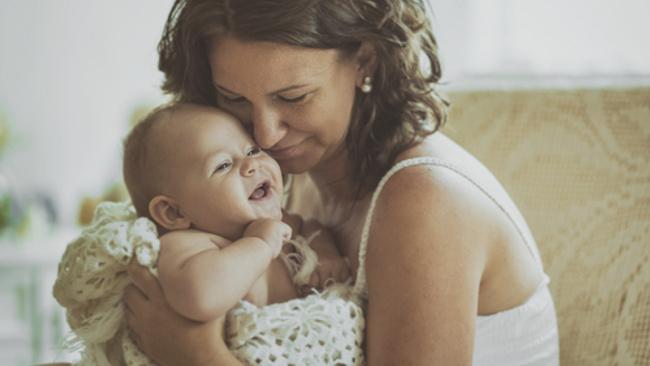 Çalışan anne ve babalara yeni haklar geliyor!