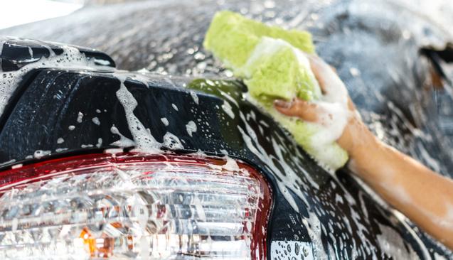 'Erkek işi' denilen oto yıkamada 25 kadına iş imkanı sağladı