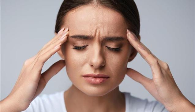 Baş ağrısıyla baş etmenin 10 etkili yolu
