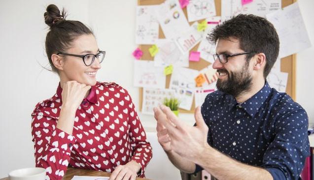 İş yerinde doğru arkadaşlık nasıl kurulur?