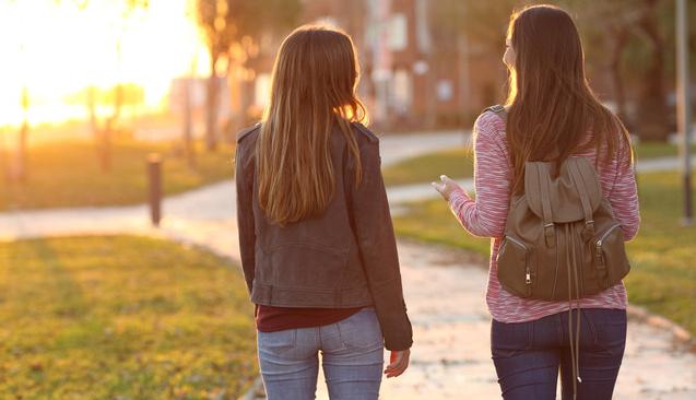 Ergenlik dönemindeki çocuğunuzla iletişim kurmanızı sağlayacak 9 yöntem
