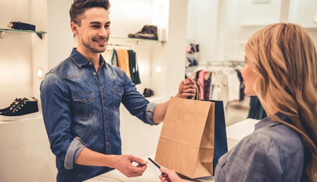 Tek Çekim Kartlı Alışverişte Komisyon Farkı İstenirse Ne Yapmalı?