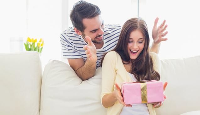 Bütçeyi Aşmadan Sevgililer Günü Hediyesi Nasıl Alınır?