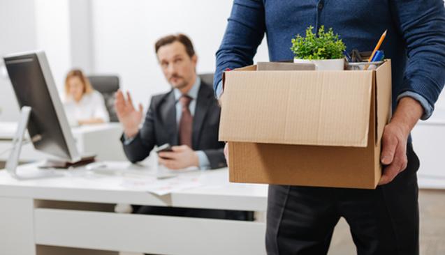 Bir İşte Çalışırken Rakip Firma İle Konuşmak, Tazminatı Kaybetme Nedeni