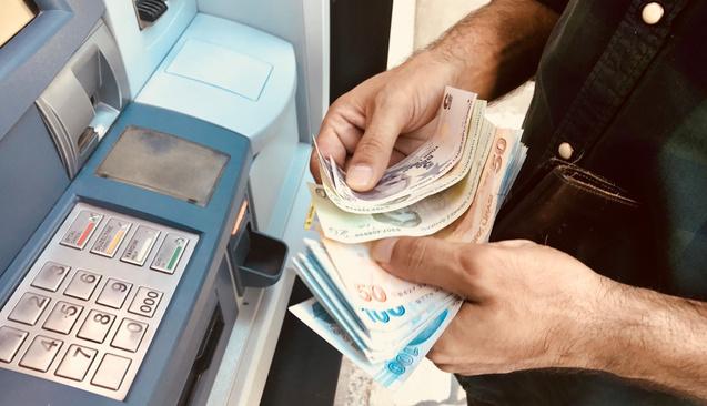 Acil Para Lazım: Kredili Mevduat Hesabını Nasıl Kullanmalı?