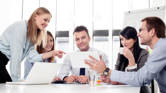 İş hayatında beden dilini doğru kullanın!