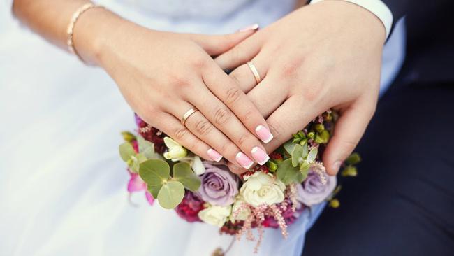 Teklif yasalaşırsa evlilikte 25 senesini tamamlayan kadınlar emekli olabilecek
