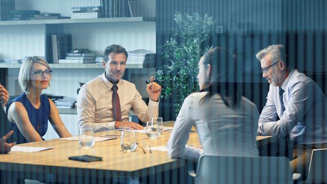 Ofisin yıldızı olmak için yapmanız gereken 7 şey