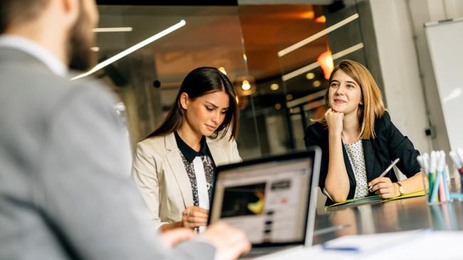 İşverenler iyi çalışanlarınızın istifa etmemesi için bu 9 maddeyi okuyun