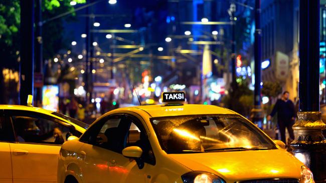 Taksilerde yeni ödeme şekli ve daha birçok yenilik başlıyor
