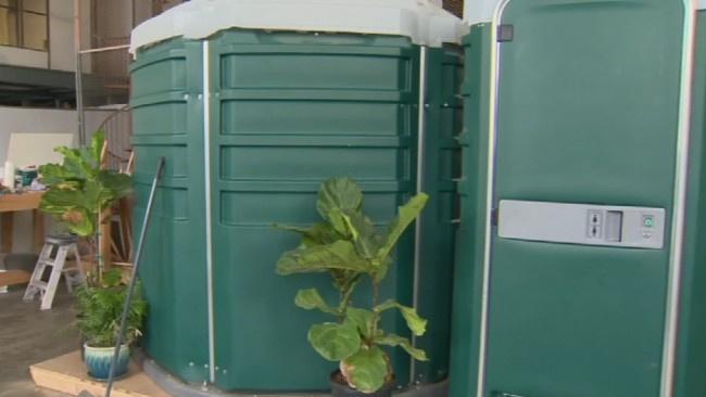 Seyyar tuvaleti eve dönüştürdü, içini görenler şaştı kaldı!