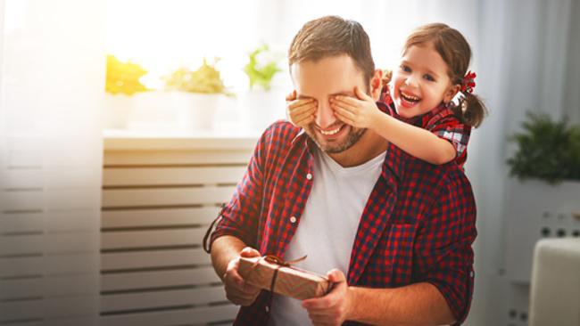 Baba ile çocuğun para ilişkisi 'Baba Bank' gibi mi olmalı?