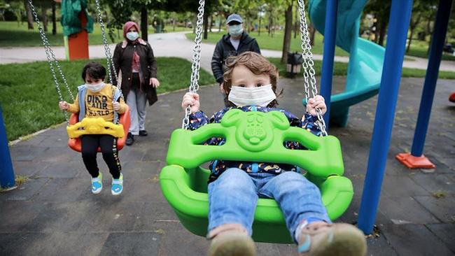 Çocuğunuza öğretmeniz gereken 6 finansal bilgi