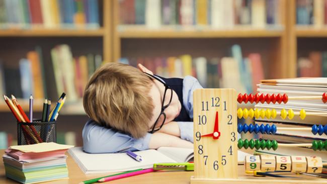 Okullar başlamadan uyku düzenini tekrar oturtmak için bunları yapın